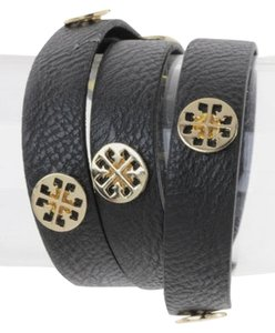Other Patterned Metal Studs Black Leather Wrap Blacelet