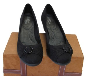 dexflex Comfort Very Good Condition Size 9.50 M Black Wedges