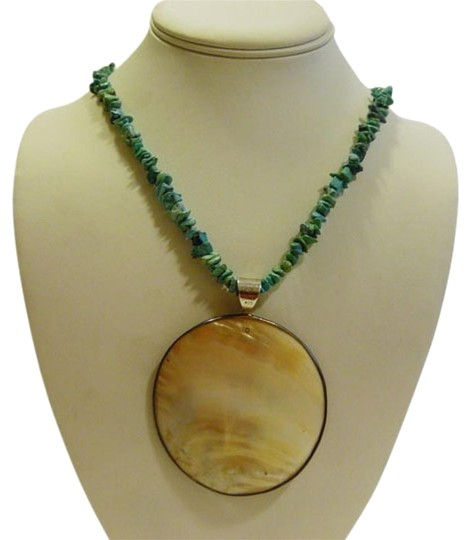 """Mine Finds by Jay King Mine Finds by Jay King DTR Sterling Silver Mother of Pearl Shell Oval Pendant with Turquoise Chip Necklace 18"""""""