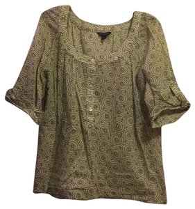 Banana Republic Top Green and white