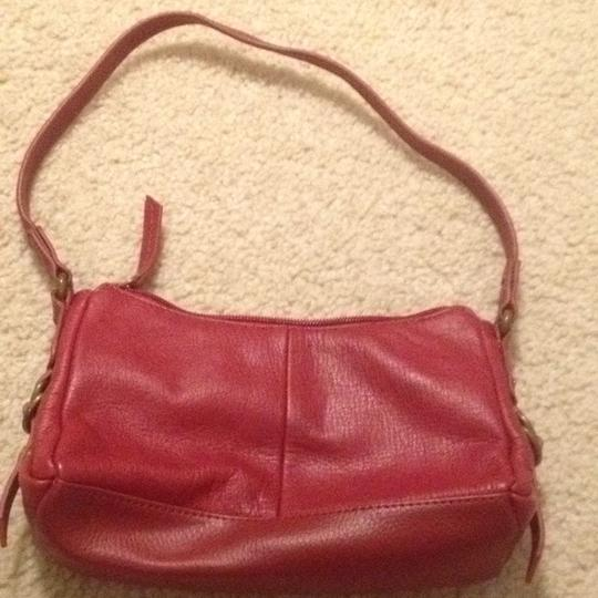 Kenneth Cole Reaction Leather Handbag Strap Date Night Baguette
