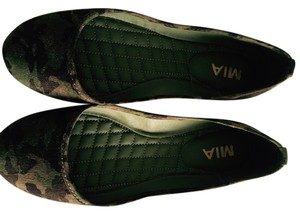 MIA Ballet Green, Camouflage Flats