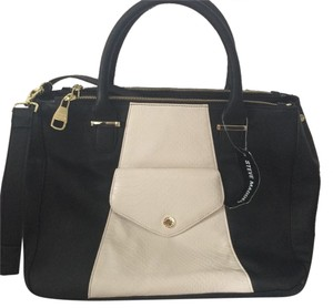Steve Madden Tote in Black And White