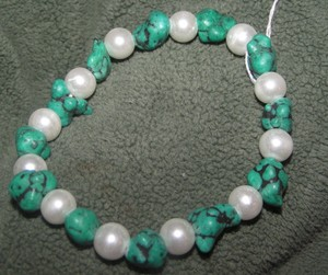 Turquoise & Pearl Stretch Bracelet Free Shipping