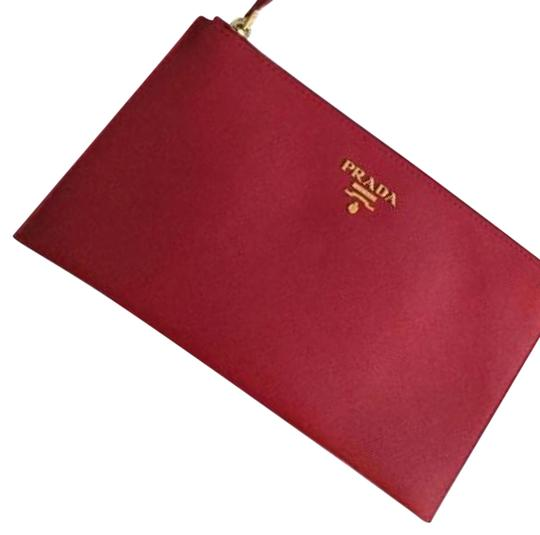 Preload https://item4.tradesy.com/images/prada-red-leather-clutch-5123293-0-2.jpg?width=440&height=440