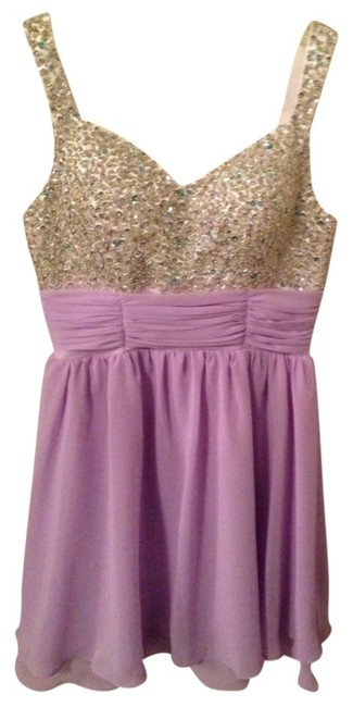 Preload https://item4.tradesy.com/images/white-and-lavender-above-knee-formal-dress-size-10-m-512588-0-0.jpg?width=400&height=650
