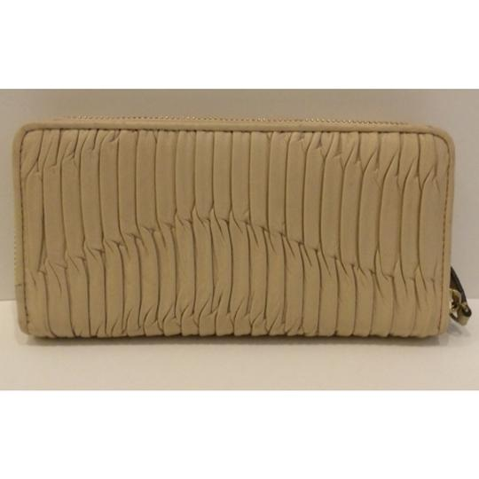 Coach Madison Gathered Leather Zip Around Accordian Wallet