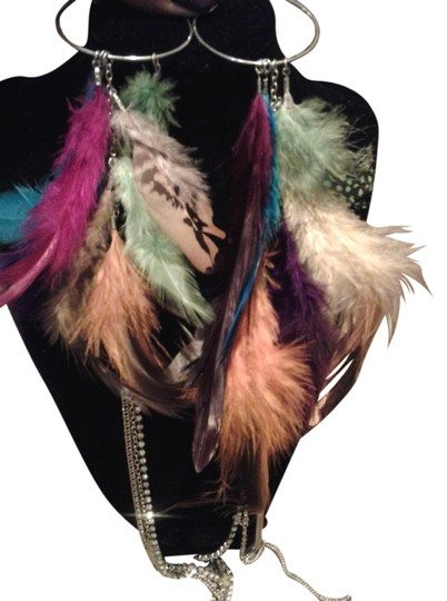 Beautiful Feather Multi Color Earrings Beautiful Feather Multi Color Earrings