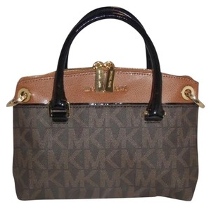 Michael Kors Satchel in Brown / Luggage