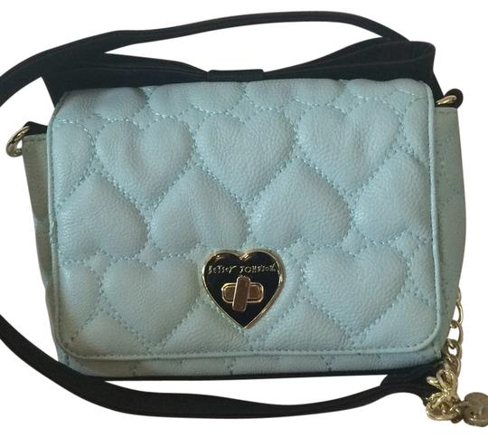 Preload https://item4.tradesy.com/images/betsey-johnson-quilted-hearts-sky-blue-cross-body-bag-5127688-0-0.jpg?width=440&height=440