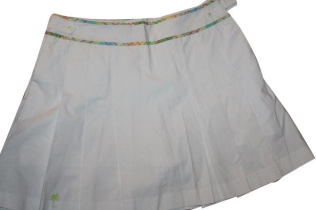 Preload https://item1.tradesy.com/images/lilly-pulitzer-white-miniskirt-size-8-m-29-30-5128240-0-0.jpg?width=400&height=650
