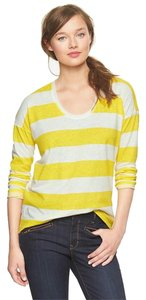 Gap Striped Stripes Circle Hem Spring T Shirt Yellow and White