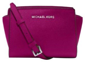 Michael Kors Mini Selma Cross Body Bag