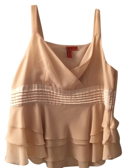 Preload https://item2.tradesy.com/images/cream-satin-and-ruffle-tank-night-out-top-size-16-xl-plus-0x-5130856-0-0.jpg?width=400&height=650