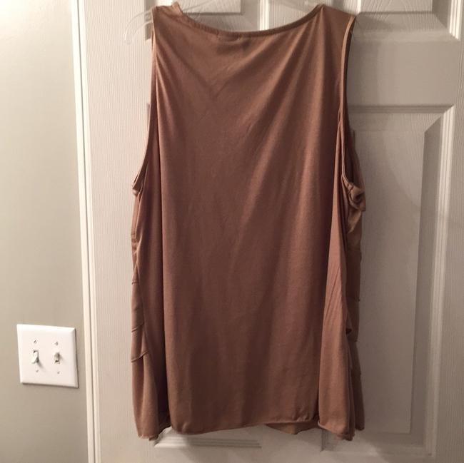 New Directions Top Taupe/beige color
