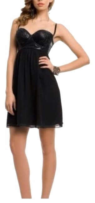 Preload https://item2.tradesy.com/images/guess-black-delila-cocktail-dress-size-6-s-5131081-0-0.jpg?width=400&height=650
