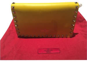 Valentino Studded Wallet Fuschia Hot Pink Leather Brand New Yellow Clutch