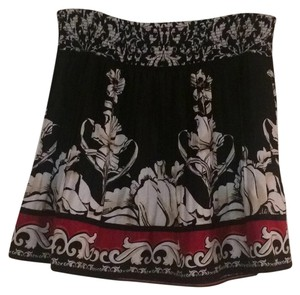 White House | Black Market Mini Skirt Blac