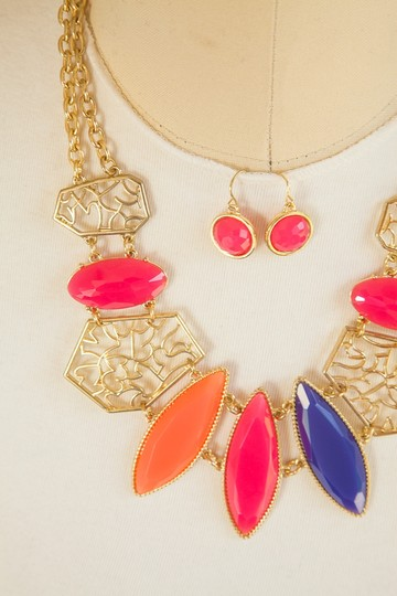 Other Hot Fashion Multi Color Statement Necklace set!