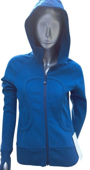 Preload https://item1.tradesy.com/images/lululemon-limitless-royal-blue-scuba-stretch-activewear-hoodie-size-4-s-27-513290-0-0.jpg?width=400&height=650