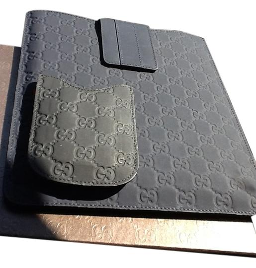 Preload https://item5.tradesy.com/images/gucci-gucci-phone-case-and-tabletipad-case-5133214-0-0.jpg?width=440&height=440