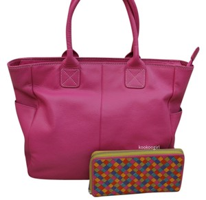 Other Pebbled Woven Tote in Fuschia