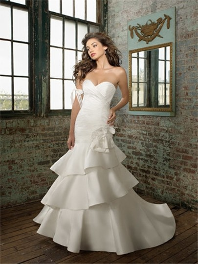 Preload https://item5.tradesy.com/images/mori-lee-ivory-shantung-angelina-faccenda-1212-wedding-dress-size-10-m-51344-0-0.jpg?width=440&height=440