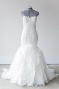 Pronovias Off White Lace and Organza Leiben Traditional Wedding Dress Size 12 (L)