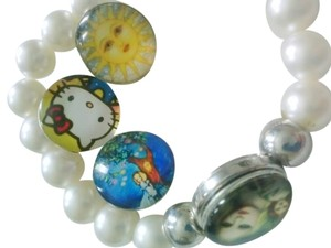 New! Snap on button charms bracelet with 4 charms & gift pouch