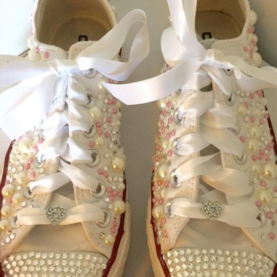 Converse White with Pearls and Rhinestones Athletic Shorts Size US 7 Regular (M, B)