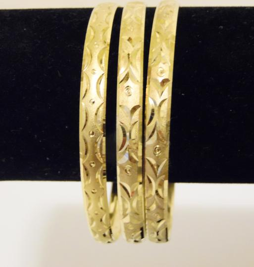Other Diamond Cut Textured Pattern Slip-on Bangle 3pc Set Size M/L Image 4