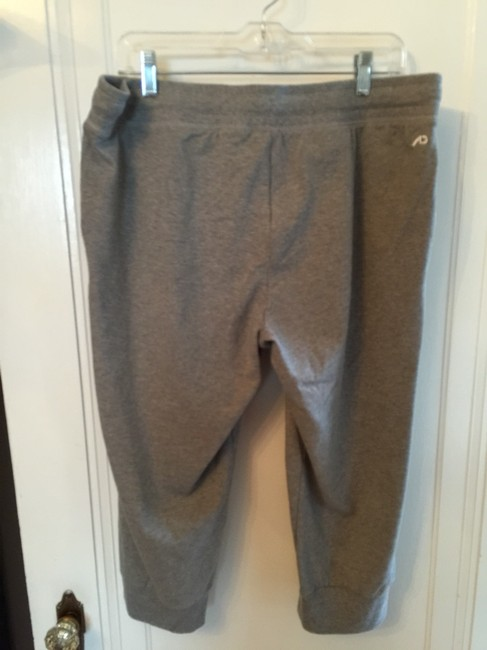 Nike Cropped Joggers