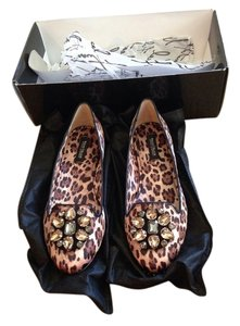 White House | Black Market Cheetah Animal Print Flats