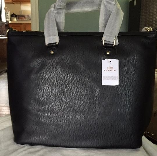 Coach Tote Satchel in Black