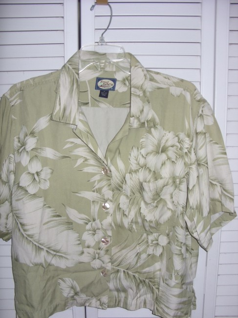 Tommy Bahama Button Down Shirt GREEN AND WHITE