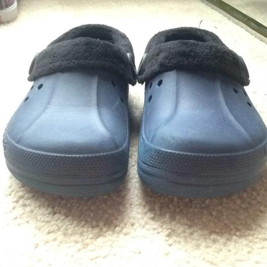 Crocs Navy blue with black insert Mules