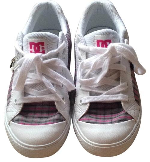 Preload https://item2.tradesy.com/images/dc-shoes-white-black-pink-gray-plaid-athletic-5143591-0-0.jpg?width=440&height=440