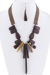 Boho Inspired Wood Sea Shell Charm Brown Statement Necklace Set