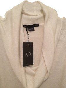 A|X Armani Exchange Lightweight Turtleneck Creme/snow Armcutout Longsleeve Fitted Sweater