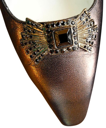 Andrea Pfister Couture Extraordinary Italian Style Purplish Brown Metallic Pumps