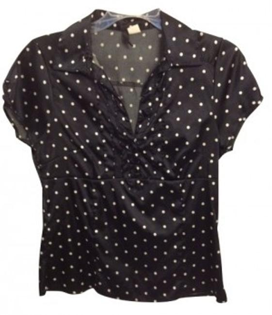 Preload https://item1.tradesy.com/images/h-and-m-black-polka-blouse-size-10-m-5145-0-0.jpg?width=400&height=650