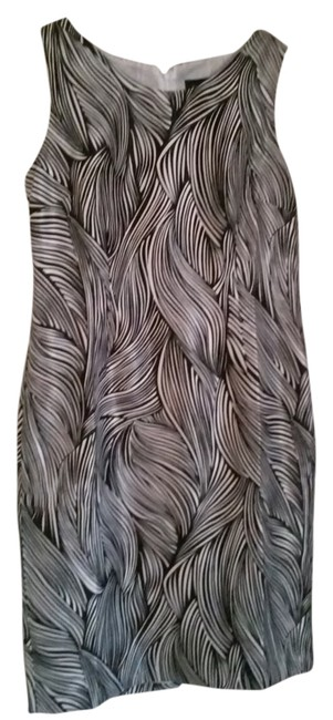 Preload https://item4.tradesy.com/images/evan-picone-black-and-ivory-sheath-knee-length-workoffice-dress-size-10-m-5145733-0-0.jpg?width=400&height=650