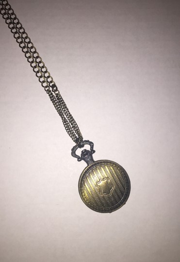 Other Round Pendant Necklace