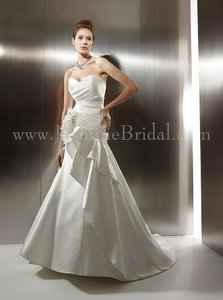 Jasmine Couture Bridal T486 Wedding Dress