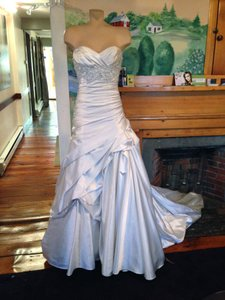 Maggie Sottero Venice Wedding Dress