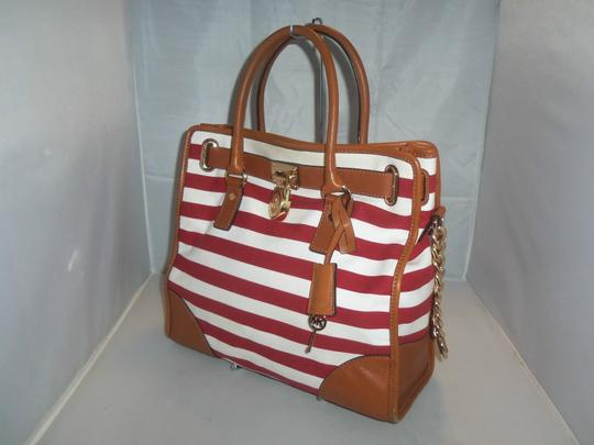 Michael Kors Tote in Red / White