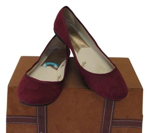 Faded Glory Very Good Condition wine Flats
