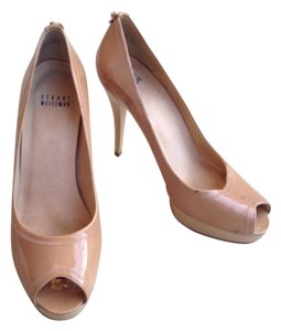 Stuart Weitzman Patent Leather Peep Toe Nude beige Pumps