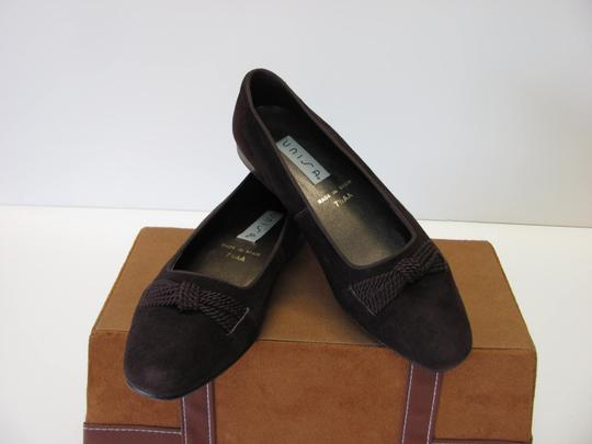 Unisa Very Good Condition Size 7.50aa brown Flats