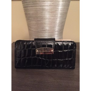Liz Claiborne Black Large Snap Wallet